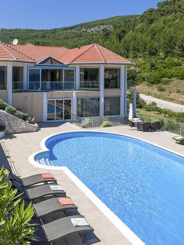 Luxury Villas in Dalmatian Coast